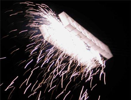 Drachenfeuerwerk, Art Kite Festival, im Rahmen der EXPO 2000, finale Abschlussinszenierung